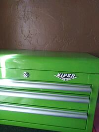 green and white Snap-On tool chest Long Beach, 90813