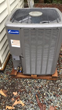 Titan heat pump air conditioner Maple Ridge