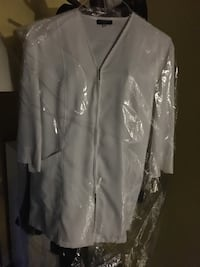 white button-up long sleeve shirt Calgary, T3J 0B4