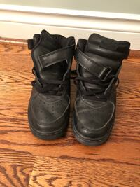 Black Air Force 1s Vaughan, L4K
