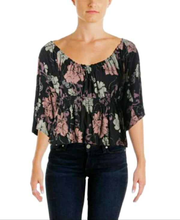Free People Floral Blouse 8d93ee14-adbe-4286-b6d7-8694cc0ab0fd