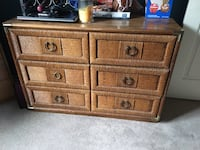 Brown wooden 3-drawer chest free come pu Williamstown, 08094