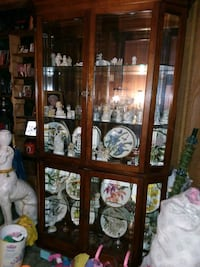 brown wooden curio framed glass display cabinet Alton, 62002