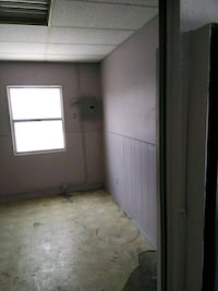 COMMERCIAL For Rent Long Beach