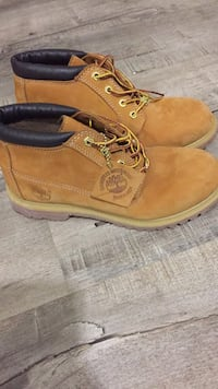 Timberland leather boots size 8 women's /6 boys