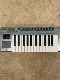Novation XioSynth 25