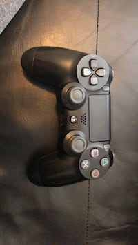 Playstation 4 controller Guelph, N1L 0L6