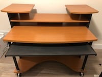 Heavy duty office Desk Surrey, V4N 7B2