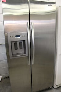 stainless steel side by side refrigerator with dispenser Dale City, 22193