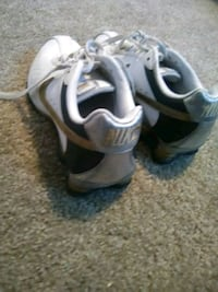 $45 O.B.O. Woman's Size 8Nike White & Gold Low Top Tennis Shoes Used