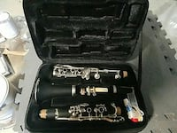 Accent Clarinet like new w/music stand