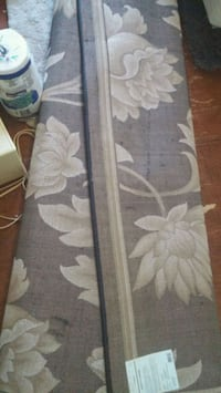 gray and white floral area rug Coldwater, L0K 1E0