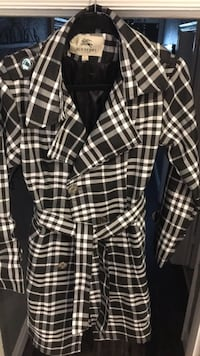 Burberry jacket size large  Kitchener, N2M