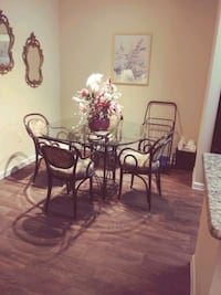 Dinning Set w/ 4 chairs real wood and glass.  stun Gilbert, 85233