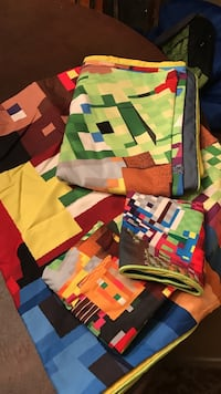Assorted minecraft print blankets Hoover, 35226