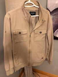 Men's Nixon jacket. Size large Windsor, N9G 3B8
