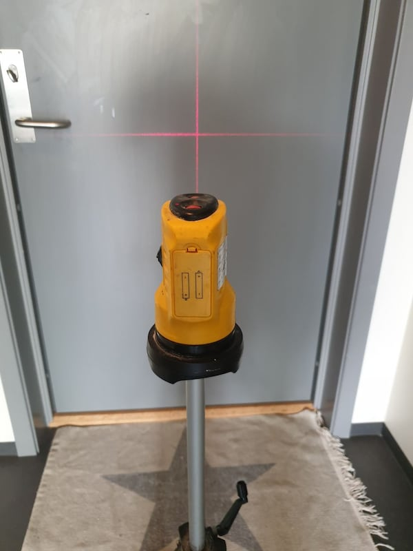 Laser - laveltech LD-SL01 Self levelling laser cross level af11f3df-e712-4627-9a97-fa86eb5684ad