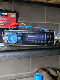 Used car stereo with aux  CD and USB Division No. 6, T1X 0K3