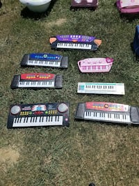 seven electronic keyboards Ardmore, 73401