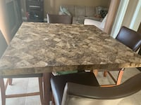 Table  Vaughan, L6A 0Y5