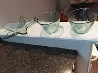 New clear green glass bowls (2) & star platter Mississauga