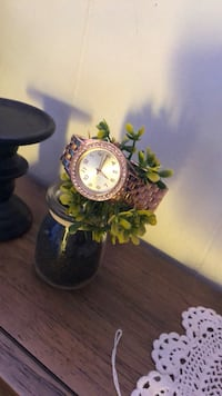 Brand new Women Rose gold watch  Tulare, 93274