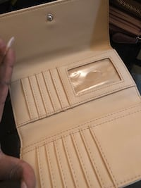 Beige and black guess leather wallet Toronto, M6M 2R8