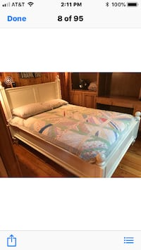 Wood bed with trundle Leesburg