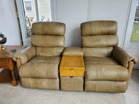 Leather theater chairs Sykesville