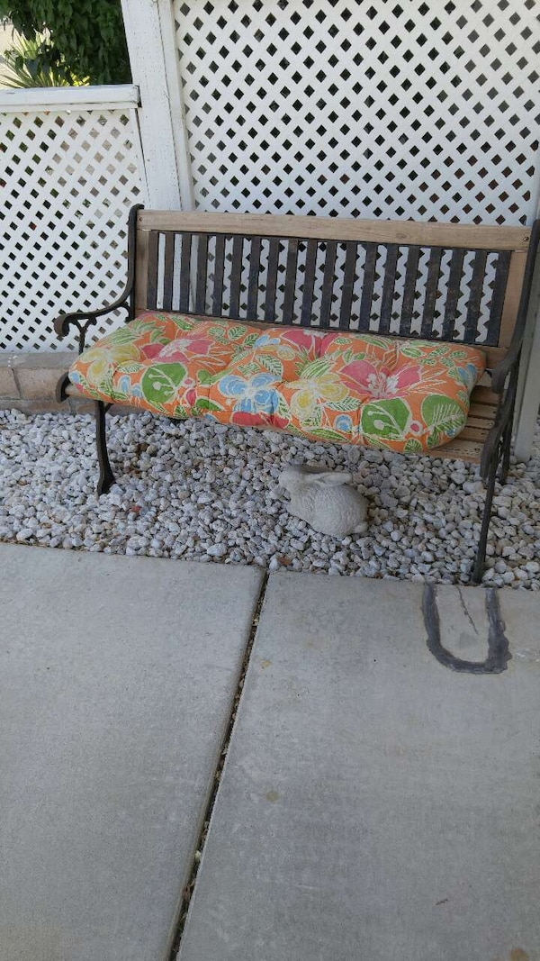 Used Park Bench Seat Cushion For Sale In Cathedral City Letgo