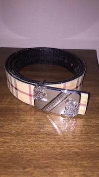 Burberry belt Calgary, T2A 1T8