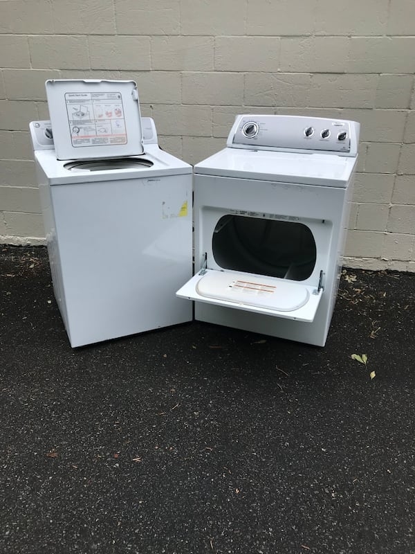 GE  washer and whirpool gas dryer  1