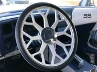 24 inch rims and matching steering wheel  North Las Vegas, 89031