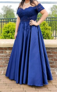 Navy Blue Prom Dress Montclair, 22025