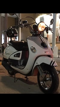 Yuki legend scooter motosiklet