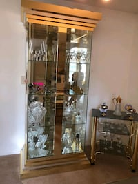 Vintage Mastercraft Brass and Glass Lighted Curio Lawrence Township, 08648