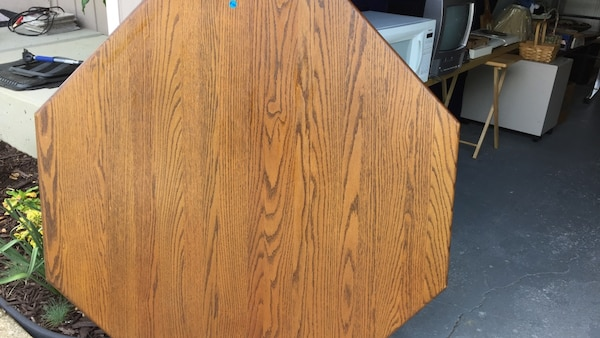 Used Octagonal Amish made table with two leaves. Custom ...