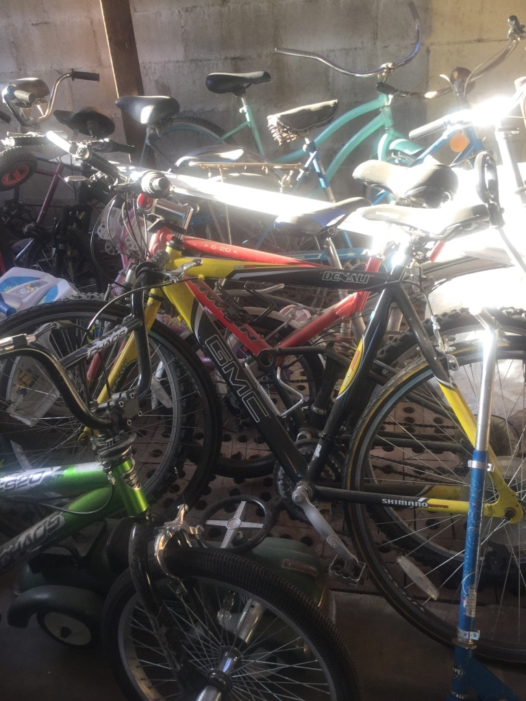 Assorted bicycle willing to trade for a penny board