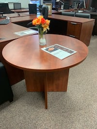 Cherry Round Meeting Table Tigard, 97223