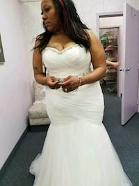 Ivory Strapless Wedding Gown