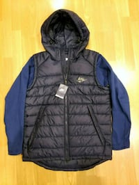 nike thermal jacket- large New Westminster, V3L 3X6