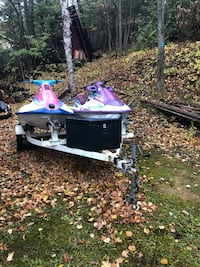 2 seadoos with double trailer . 780 blown motor . Use it for parts. 750 needs middle cylinder which could come out of the 780 no problem. I have no time to play with them. OBO  Toronto