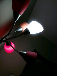 black and red 3-light floor lamp 18 mi