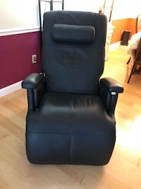 Human Touch Zero Gravity Recliner Olney, 20832