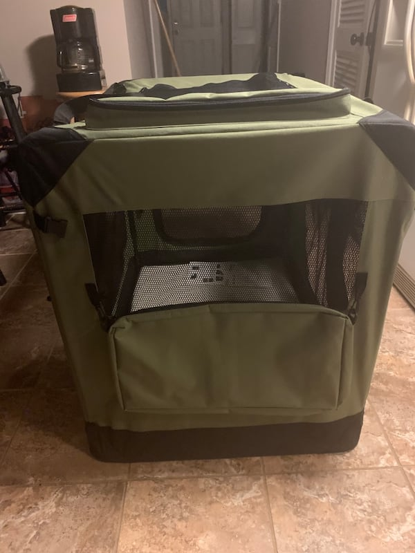 Portable soft dog crate 4