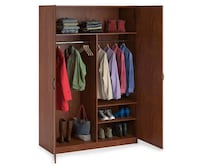 Large wooden wardrobe  Boiling Spring Lakes, 28461