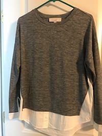 gray scoop-neck sweater 7 km