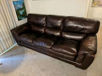 Leather couch. Newington, 06111