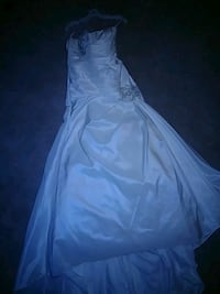 Woman's off white wedding dress  Washington, 20011