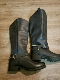 AE Aditionelle riding boots  Calgary, T3C 0S8